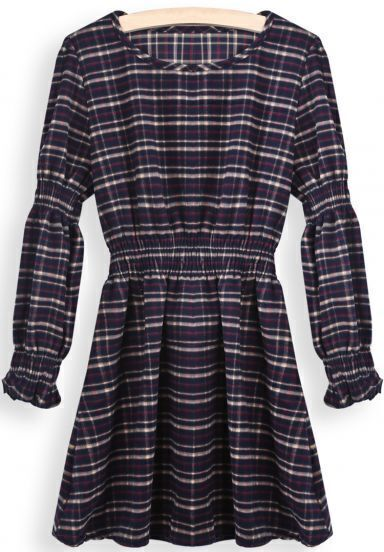 Red Round Neck Long Sleeve Plaid Pleated Dress