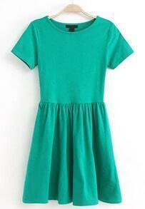 Green Short Sleeve Slim Pleated Dress