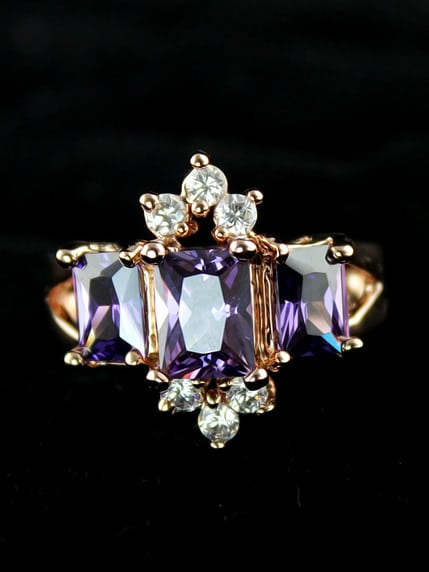 Purple Diamond Gold Fashion Ring