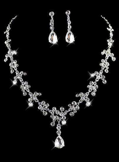 Silver Diamond Necklace With Earrings