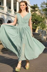 Green V Neck Sleeveless Slim Pleated Chiffon Dress