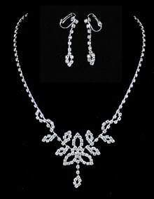Silver Diamond Hollow Chain Necklace With Earrings