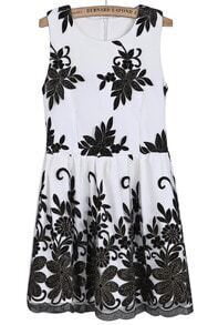 White Round Neck Sleeveless Embroidered Pleated Dress