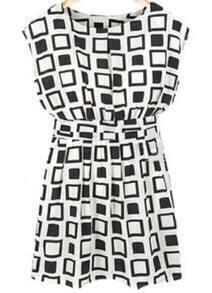 Black White Plaid Round Neck Pleated Dress