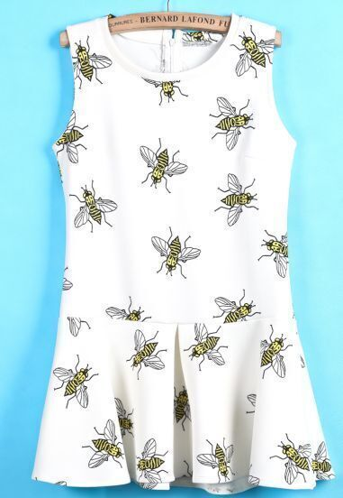 White Sleeveless Bee Print Ruffle Dress
