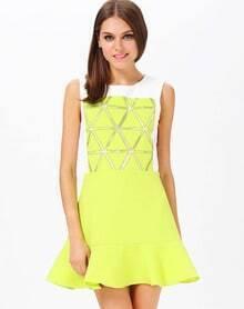 Green Sleeveless Triangle Pattern Ruffle Dress