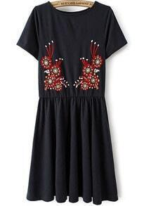 Black Short Sleeve Embroidered Pleated Dress