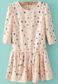 Beige Half Sleeve Stars Print Pleated Dress