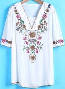 White V Neck Short Sleeve Embroidered Blouse