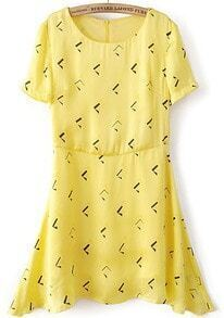Yellow Short Sleeve Geometric Zipper Back A-line Dress
