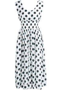 White V Neck Polka Dot Pleated Dress