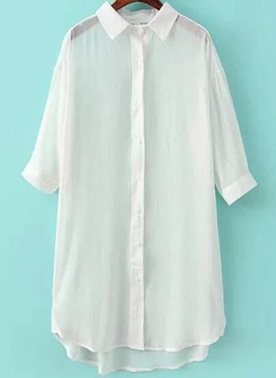 Белая блуза с низким подолом