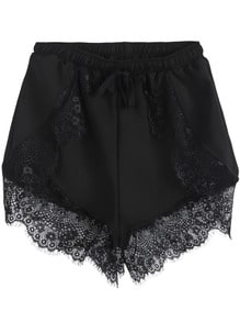 Shorts mit Häkelspitze und Gummizug, schwarz