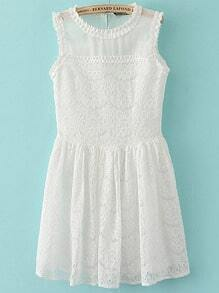 White Sleeveless Embroidered Lace Pleated Dress
