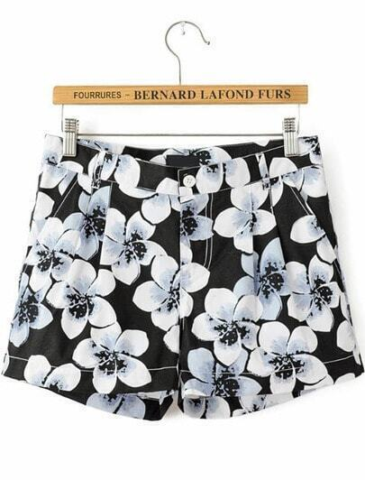 Black Floral Pockets Straight Shorts