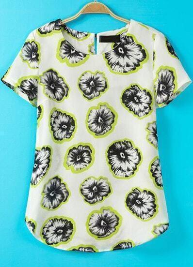 Белая блуза с лимонами