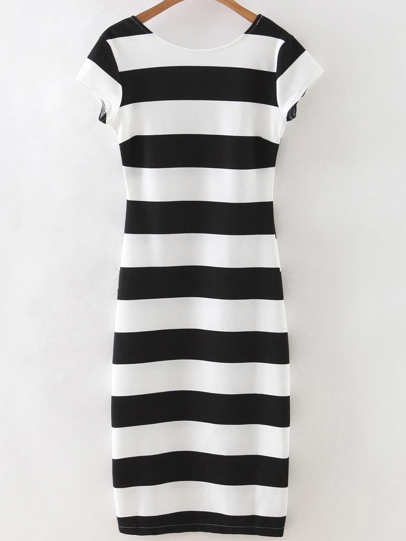 Black White Striped Short Sleeve Backless DressBlack White Striped Short Sleeve Backless Dress<br><br>color: Black and White<br>size: L,M,S