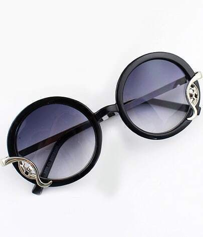 Black Round Metal Embellished Sunglasses