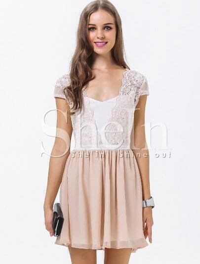 White Apricot Short Sleeve Embroidered Pleated Dress