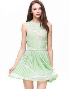 Green Sleeveless Insert Lace Panel Pleated Dress