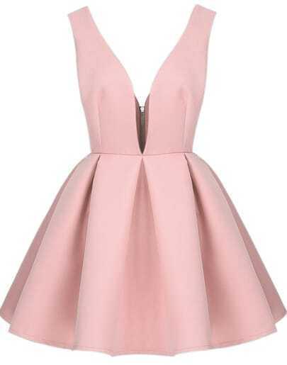 Розовое платье с открытой спиной