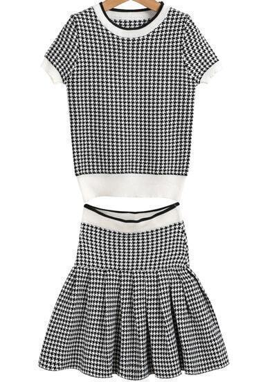 Black Short Sleeve Houndstooth Knit Top With Skirt