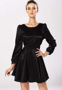 Black Long Sleeve Backless Pleated Dress