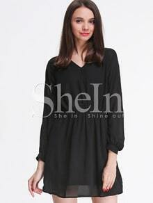 Black Long Sleeve V Neck Shift Dress