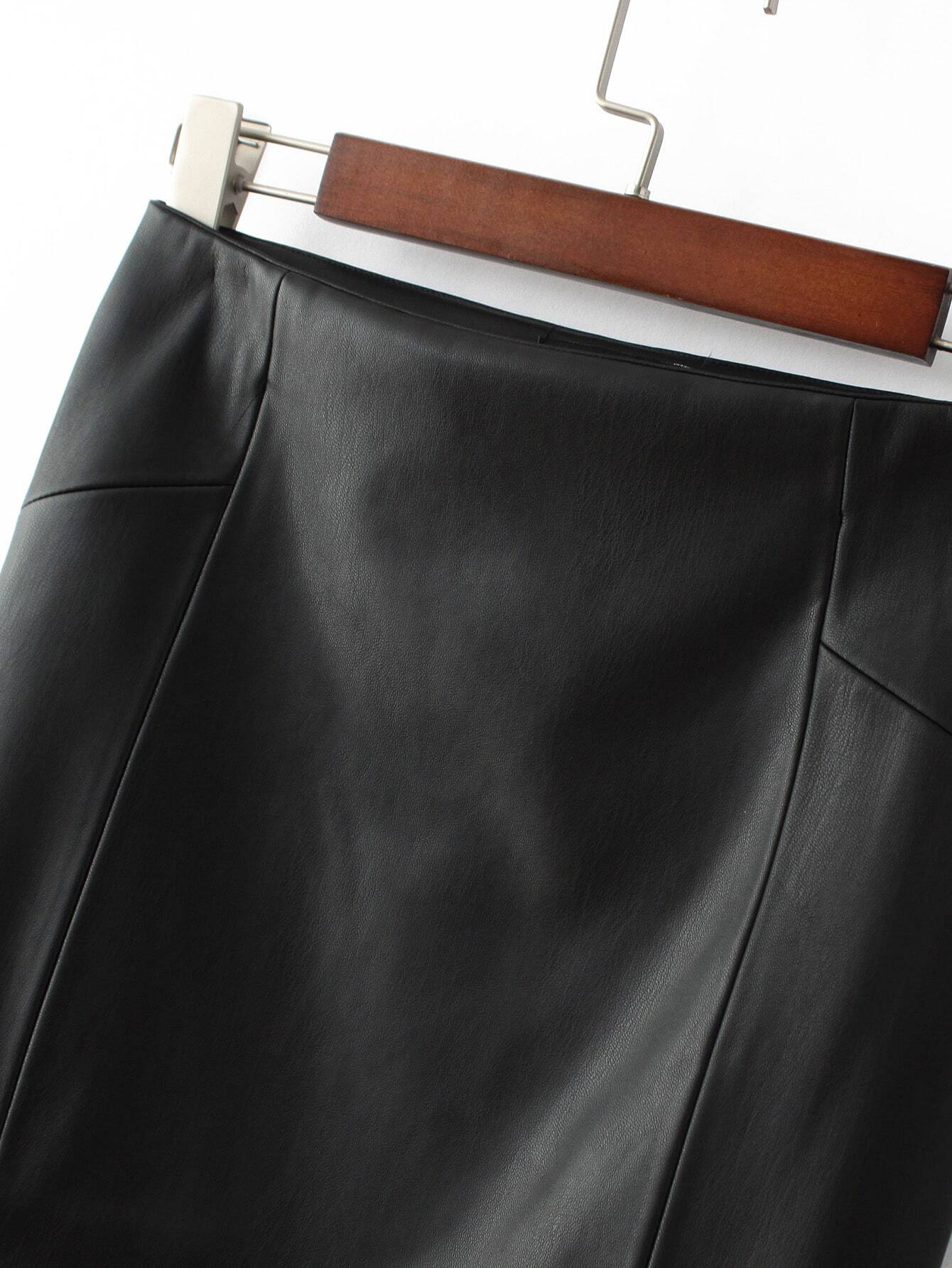 Черная кожаная юбка