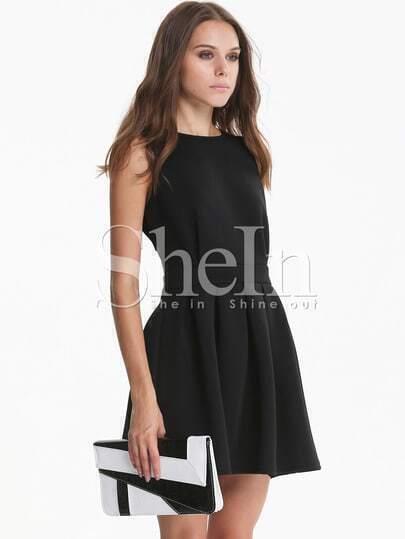 Black Sleeveless Backless Scalloped Pleated Dress -SheIn(Sheinside)