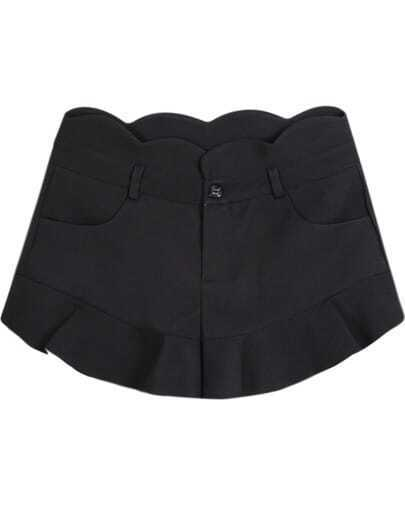 Black Pockets Ruffle Shorts