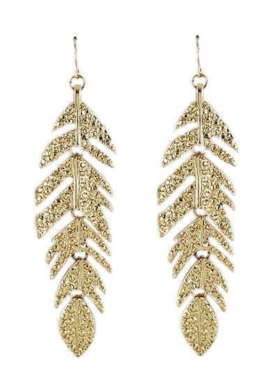 Fashionable Leaf Golden Earring