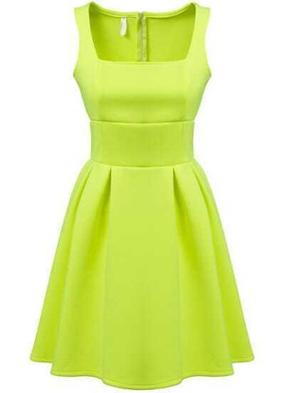 Green Square Neck Sleeveless Pleated Dress