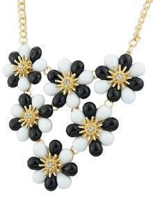 Black White Gemstone Flower Necklace