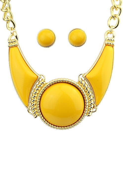 Yellow Gemstone Necklace With Earrings