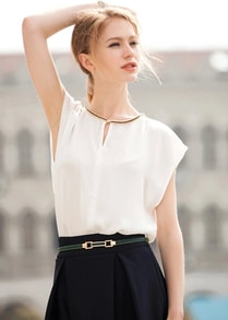White Short Sleeve Loose Chiffon Blouse