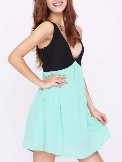Black Green Deep V Neck Hollow Chiffon Dress pictures