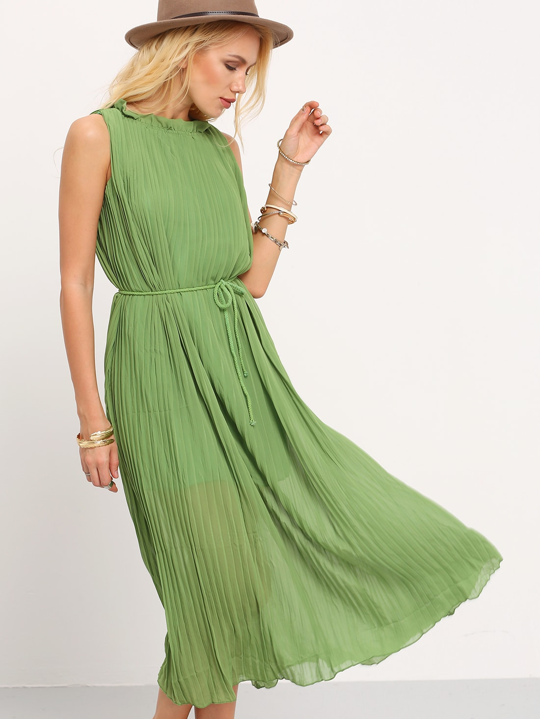 Green Sleeveless Pleated Maxi Dress
