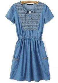 Blue Short Sleeve Embroidered Pleated Denim Dress