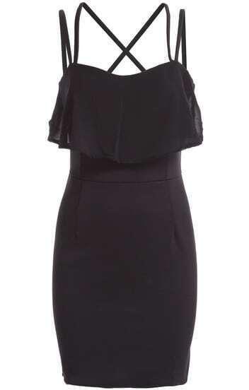 Чёрное обтягивающее платье на бретельках с рюшами