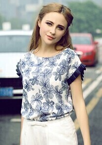 Blue Batwing Short Sleeve Floral Ruffle Blouse