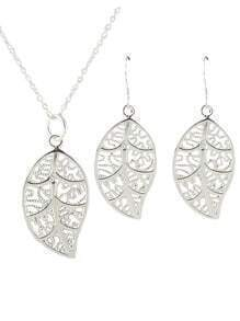 Costume Silver Plated Simple Leaf Necklace Earrings Set