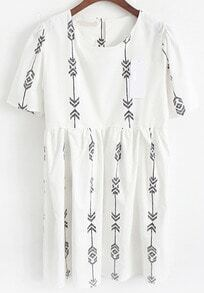 Short Sleeve Geometric Print Shift Dress
