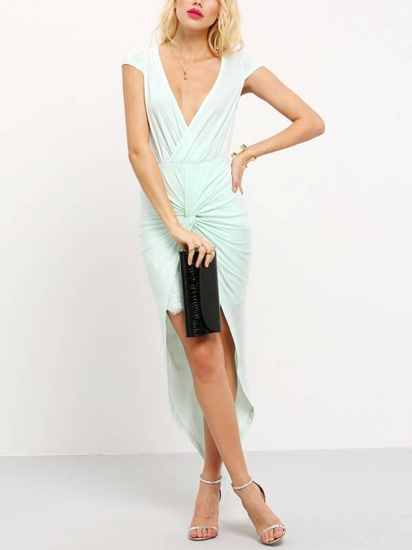 466f3d9a120 Светло-зелёное асимметричное платье с запахом