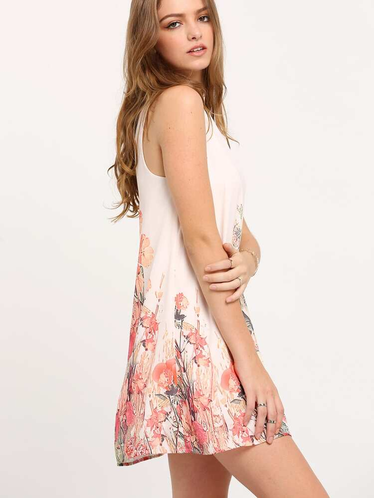 e7f6185a4756 Blommig klänning med öppen parti på ryggen   SHEIN SE