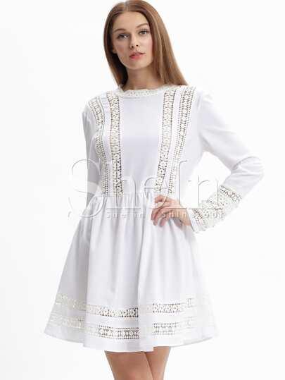 0d09bac3bf1 Белое кружевное платье с длинными рукавами