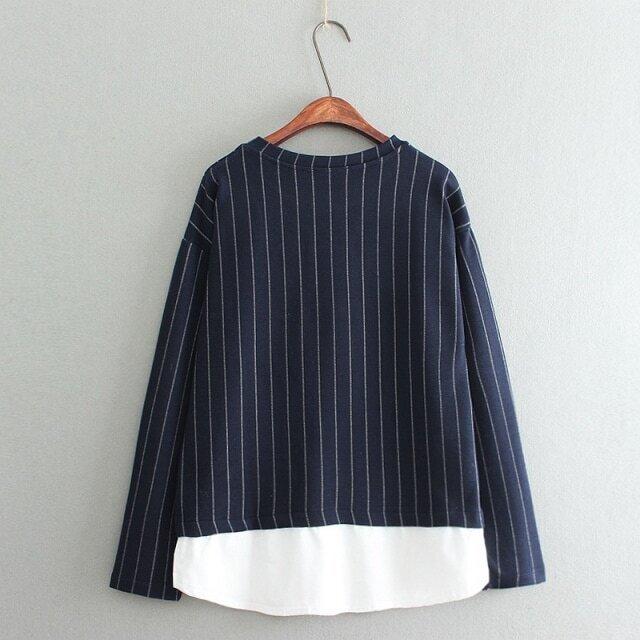 bluse langarm mit streifen und wei em saum marine blau. Black Bedroom Furniture Sets. Home Design Ideas