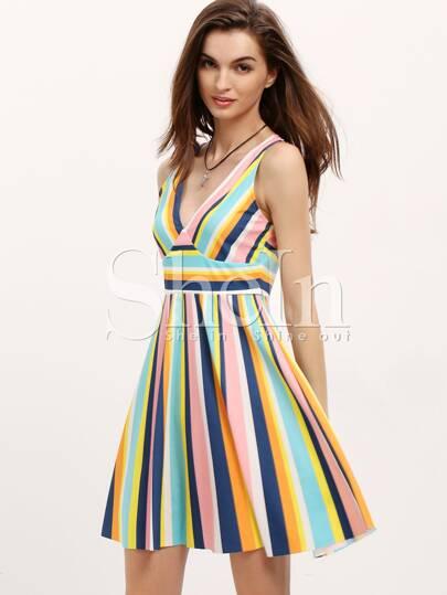 2ffff5ca96e0e اللون كتلة عمودي الشريط الخامس الرقبة اللباس