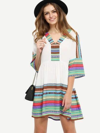 Multicolor Print V Neck Hollow Back Shift Dress pictures
