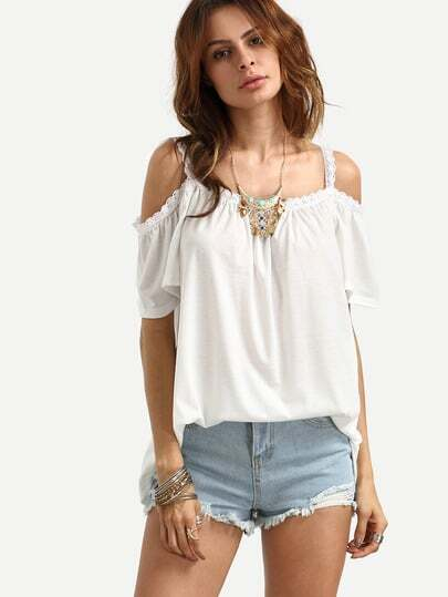 http://www.shein.com/White-Lace-Trimmed-Cold-Shoulder-Top-p-289594-cat-1733.html?utm_source=truskawkowakawa.blogspot.com&utm_medium=blogger&url_from=truskawkowakawa